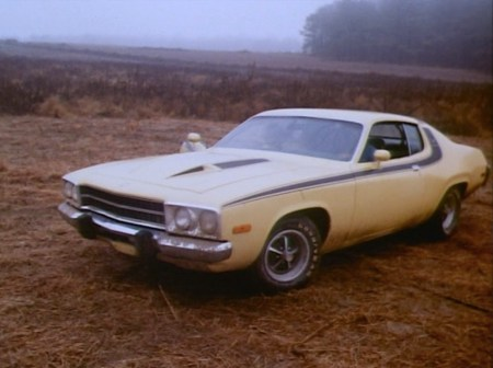 "An authentic Plymouth Road Runner in ""Daisy's Song"" (Episode 1.02)."
