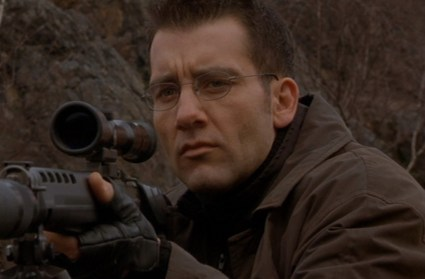 "Clive Owen as ""The Professor"" in The Bourne Identity (2002)."