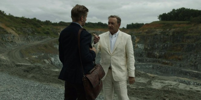 The wrinkles in Frank's linen suit evoke the wrinkles in time that take him back to his roots in Gaffney. (This is a stretch. Linen just happens to wrinkle very easily.)