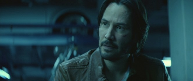 Wick's hinted military background is channeled by the decorative epaulettes sewn onto the shoulders of his jacket.