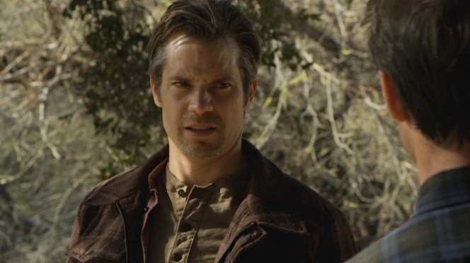 """Raylan wears a decidedly different - but similarly-colored - henley by the time """"Bloody Harlan"""" (Episode 2.13) rolls around."""