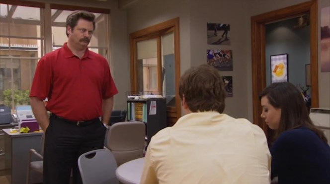 Another subtle change for the outfit's brief fourth season reappearance: Ron now buttons two out of three buttons rather than just the third button.