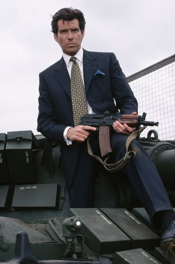 Pierce Brosnan as James Bond, armed with an AKS-74U, in GoldenEye (1995)