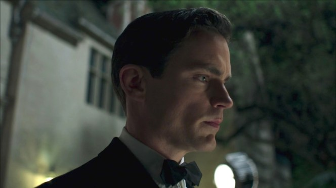 Monroe Stahr wears a less common, but still acceptable, pointed-end bow tie in the first episode of The Last Tycoon.