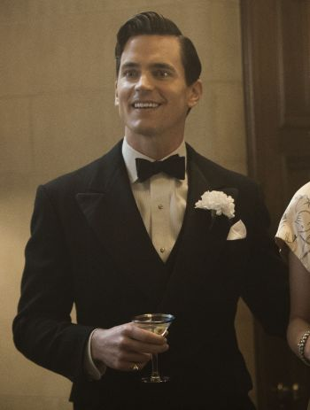 """Matt Bomer as Monroe Stahr on The Last Tycoon (Episode 5: """"Eine Kleine Reichmusik""""). Note the shirt's semi-spread collar and narrow pleats as opposed to the point-collared shirt with wider pleats that he wore in other episodes."""