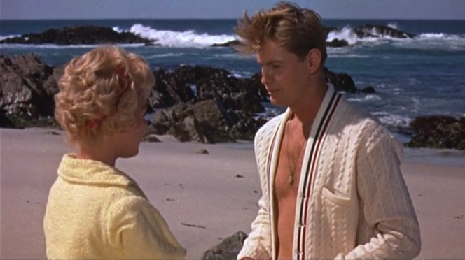 Molly and Johnny are reunited on the beach for the first time in several months.