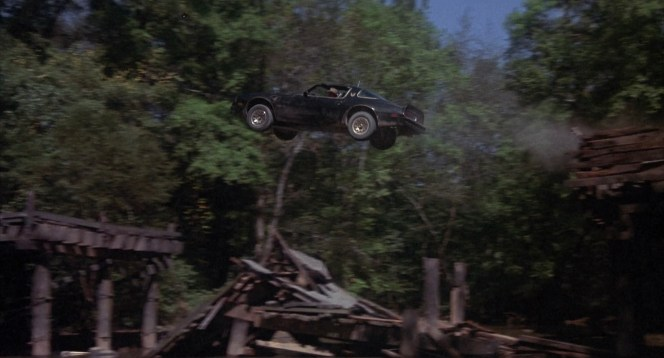 The Bandit jumps his Trans Am over Flint River to evade police. Like many other Smokey and the Bandit locations, this scene was filmed in Georgia despite being set in Arkansas.