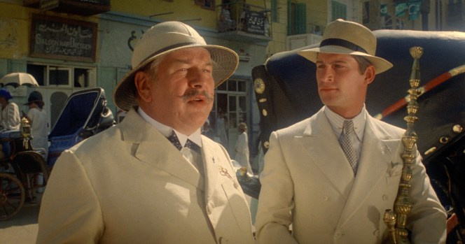 Peter Ustinov and Simon MacCorkindale in Death on the Nile (1978)