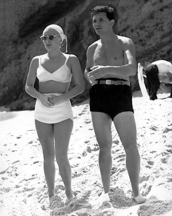 John Garfield and Lana Turner in The Postman Always Rings Twice (1946)