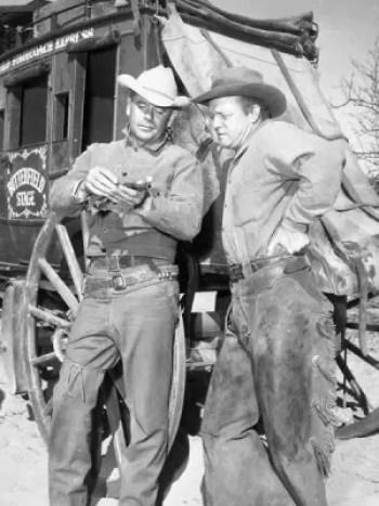 Glenn Ford and Van Heflin in 3:10 to Yuma (1957)