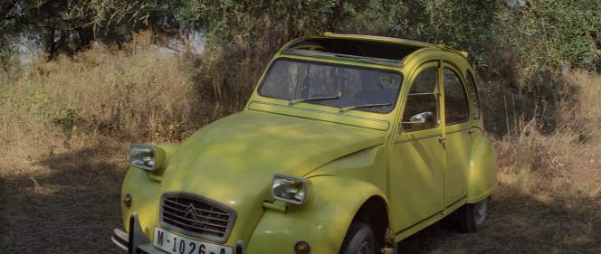 1980 Citroën 2CV 6 Club in For Your Eyes Only (1981)