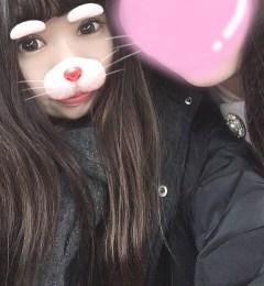 新橋いちゃキャバ・JK制服キャバクラ【ハイスクールbanana】 りさ 友達と写真