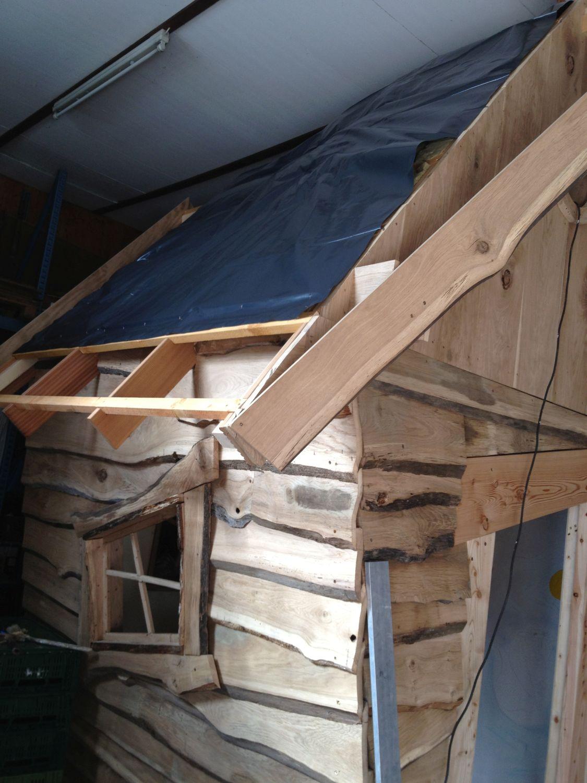 Dach des Hexenhaus mit Folie