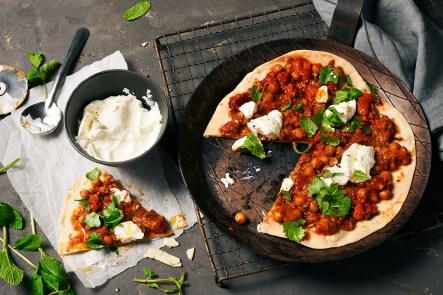 Pfannenpizza im Shakshuka-Style