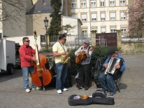 A street-performing quartet. They were quite good!