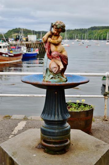 Fountain in Tobermory