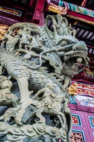 Stone carvings at Tin Hau Palace