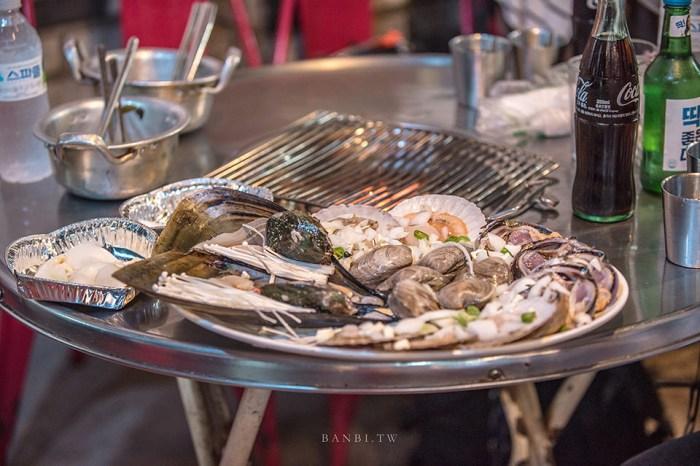 釜山海鮮:秀敏家炭火烤蛤蠣 在地人喜愛的烤鮑魚扇貝鰻魚,青沙浦美食