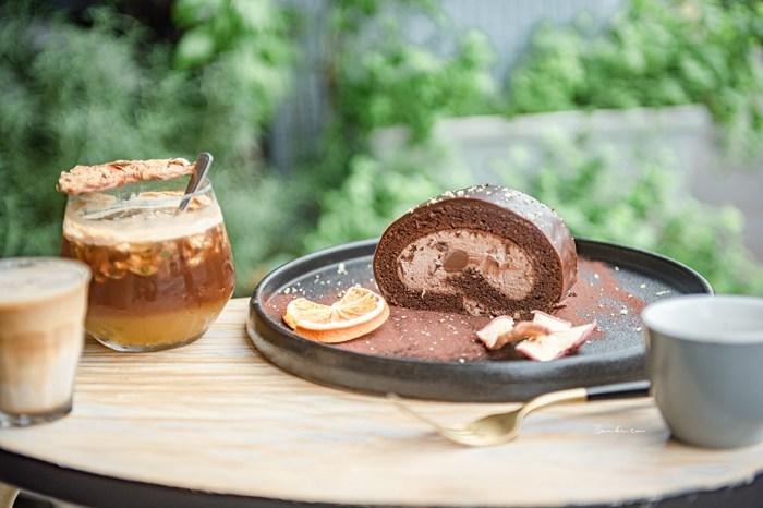 台北士林北投:穠咖啡 明亮玻璃窗景佐愜意咖啡、特製甜點,如城市綠森林般療癒