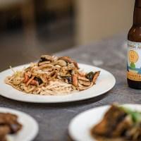 擺酒牛肉麵-台北少見好吃的鱔魚意麵和沙茶炒牛肉,被牛肉麵耽誤之台菜料理餐廳