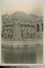 Aitken, Robert. H156. [Fountain of the Earth, Court of Abundance (Louis Christian Mullgardt, architect).] Courtesy of The Bancroft Library, University of California, Berkeley Online