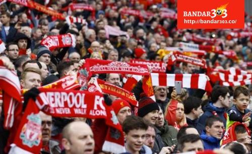 Liverpool jamu Everton di Anfield
