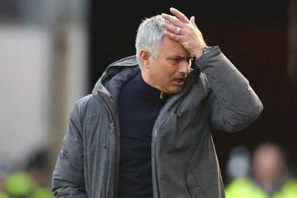Jose Mourinho Akan Buang Enam Pemain Top Manchester United