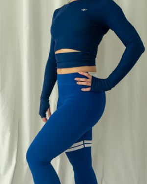 blue cropped long sleeve top