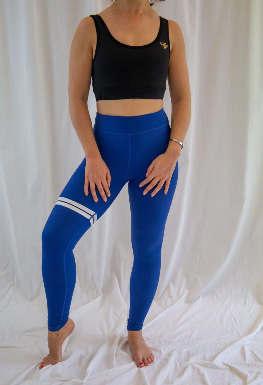 black strappy sports bra
