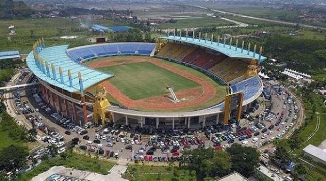 Vaksinasi di Stadion Si Jalak Harupat Batal, Relokasi ke Polsek dan Kecamatan