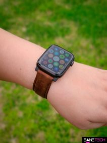 Apple Watch band review - UAG leather band