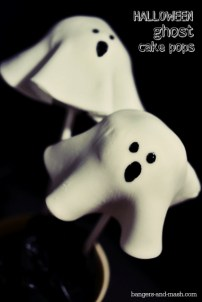 13. Halloween Ghost Cake Pops