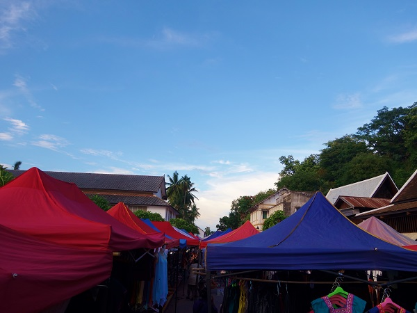 luang-prabang-okiya-and-nightlife market