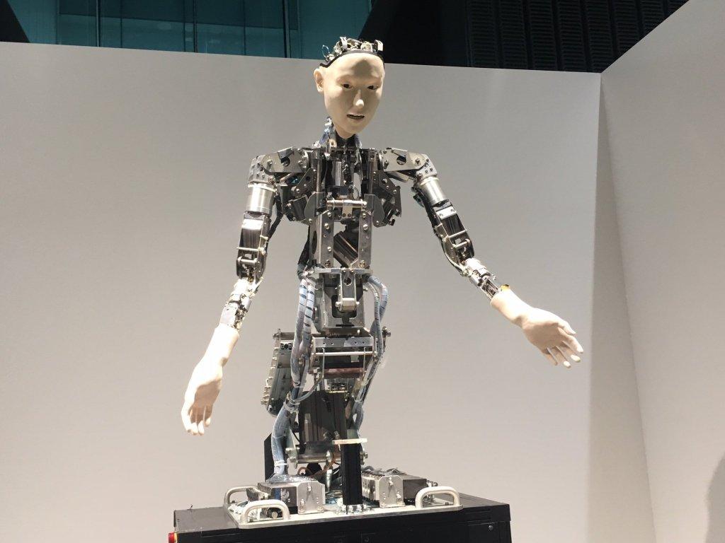Robot in Miraikan museum