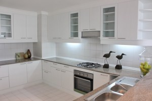 apartment for rent in Bangna - large fully equipped kitchen