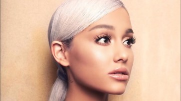 Borderline Full Song Lyrics - Ariana Grande