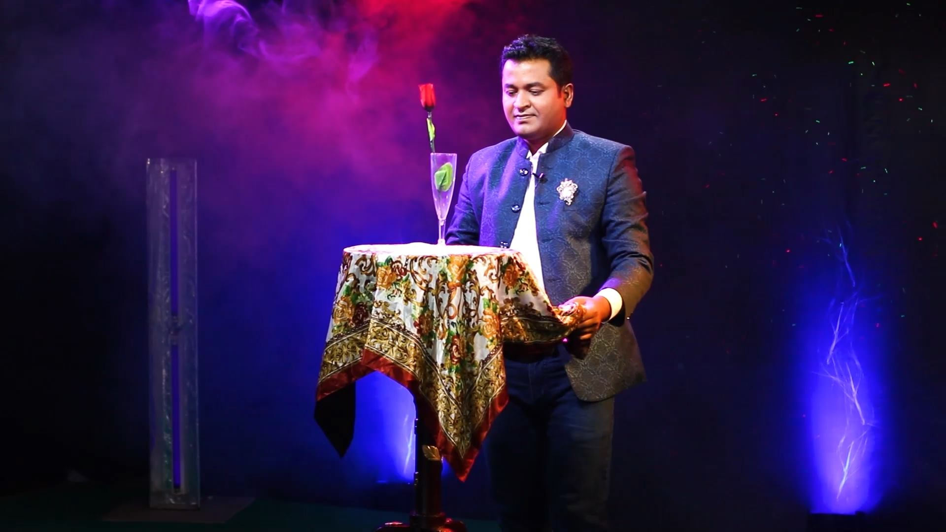Best professional magician in bangladesh