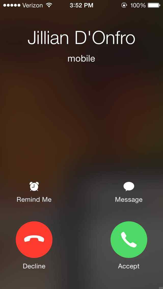 iphone call button