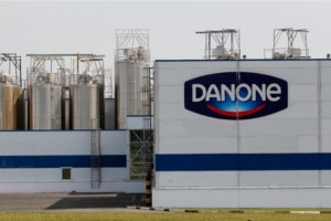 Danone concediaza 900 de angajati din Europa