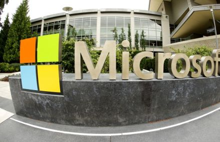 Microsoft depaseste Exxon si ajunge pe locul doi in topul celor mai mari companii listate la bursa