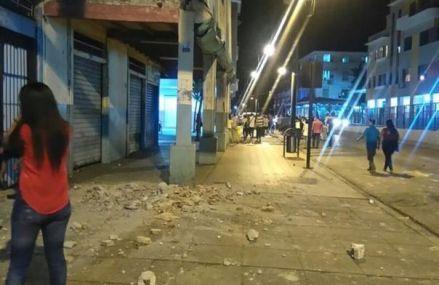 Bilanţul cutremurului din Ecuador a ajuns la 480 de morţi şi peste 4.000 de răniţi; 231 dispăruţi