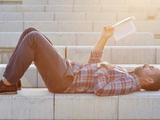 Sefa de HR a LinkedIn recomanda trei carti pe care ar trebui sa le citeasca fiecare manager aflat la inceput de drum