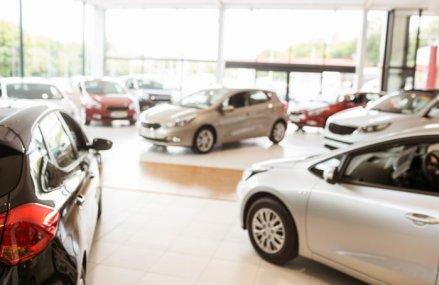 Coronavirusul loveşte în industria auto: Agenţia de rating Moody şi-a redus estimările privind vânzarea de automobile la nivel global