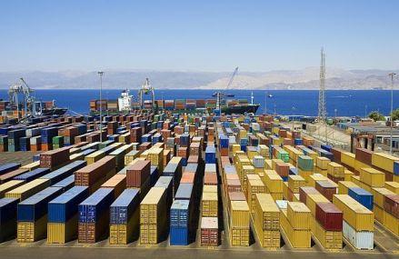 Un război comercial al SUA cu Europa ar avea dimensiuni mult mai mari şi implicaţii mai vaste decât conflictul cu China