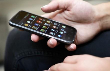 Astinvest, compania din spatele SMSLink.ro: SMS-ul este încă cel mai eficient canal de comunicare directă cu clienţii pe care îl au la îndemână companiile. Anul trecut, afacerile companiei au crescut cu 45%, la 21,25 milioane lei