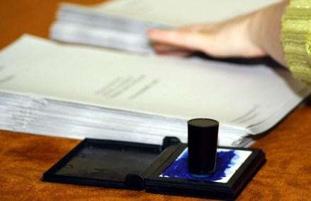Data alegerilor locale a fost stabilită de Parlament la 27 septembrie. Legea mai trebuie să treacă de Klaus Iohannis