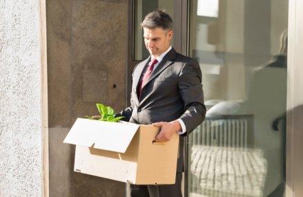 Piaţa muncii în picaj: Peste 1 milion de contracte individuale de muncă au fost suspendate sau încetate până acum