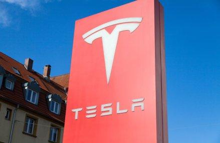 Tesla vrea să investească 4,4 miliarde dolari în megafabrica de maşini electrice din Berlin