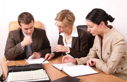 Investitorii străini avertizează: Disponibilitatea forţei de muncă este cea mai mare problemă pentru mediul de afaceri