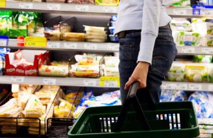 Românii au cheltuit 3 mld. euro anul trecut în magazinele de discount. Vânzările s-au triplat în mai puţin de 10 ani. Pe piaţa locală sunt peste 500 de magazine cu preţuri mici operate de Lidl, Penny şi Supeco (un concept al Carrefour)